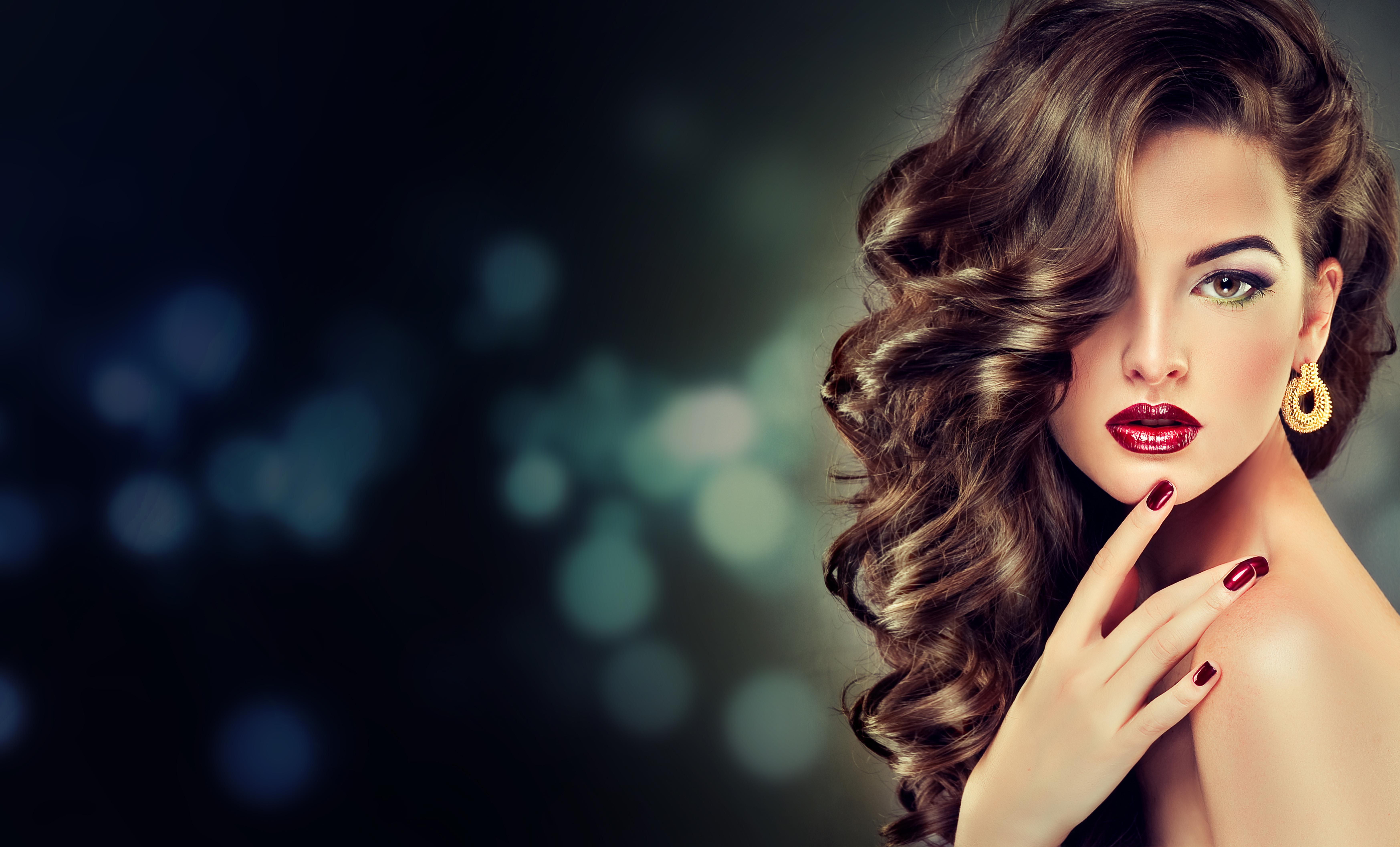 Красивые волосы и макияж
