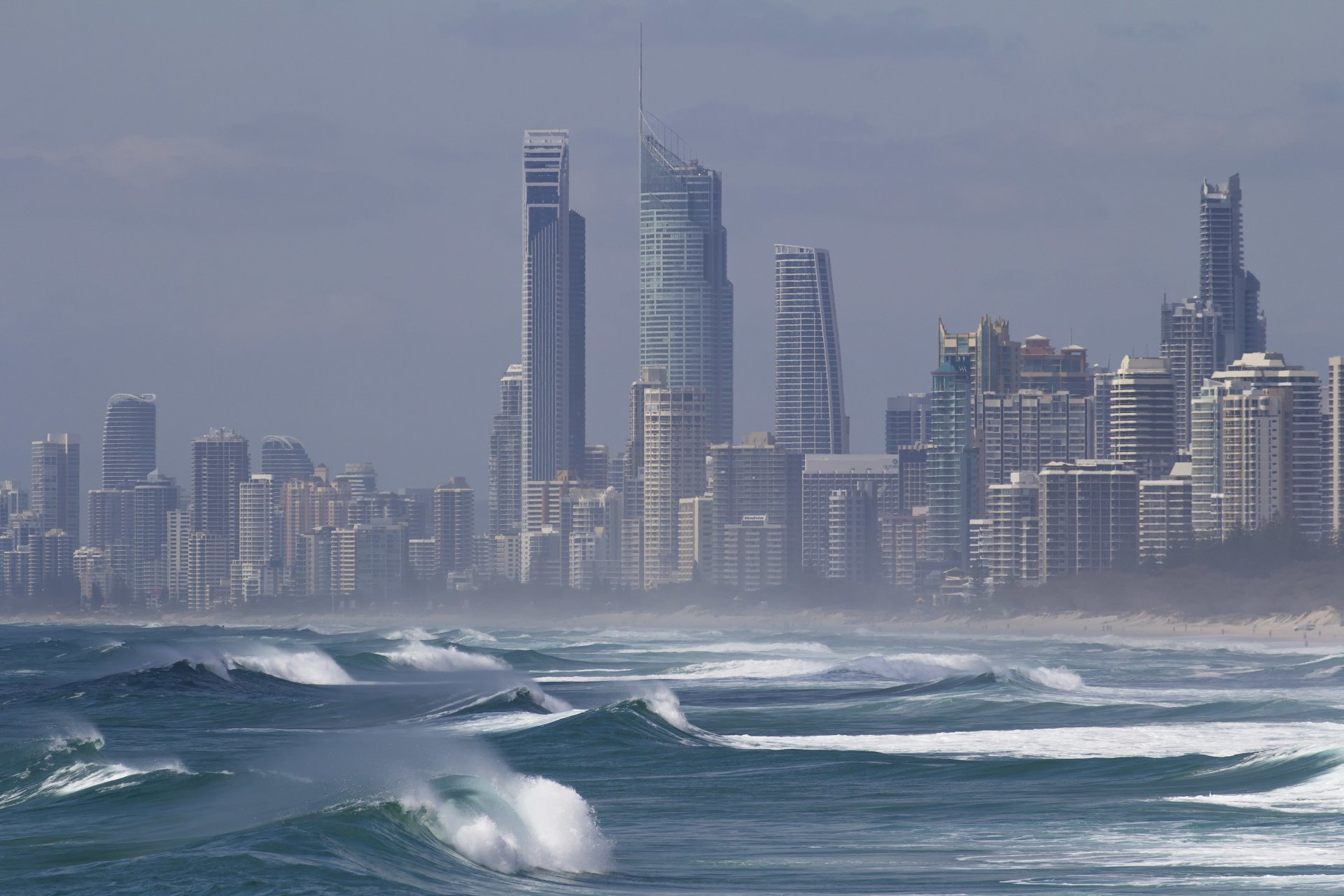 Man Made - Gold Coast  Coastline Beach Australia Queensland Sea Wave Wallpaper