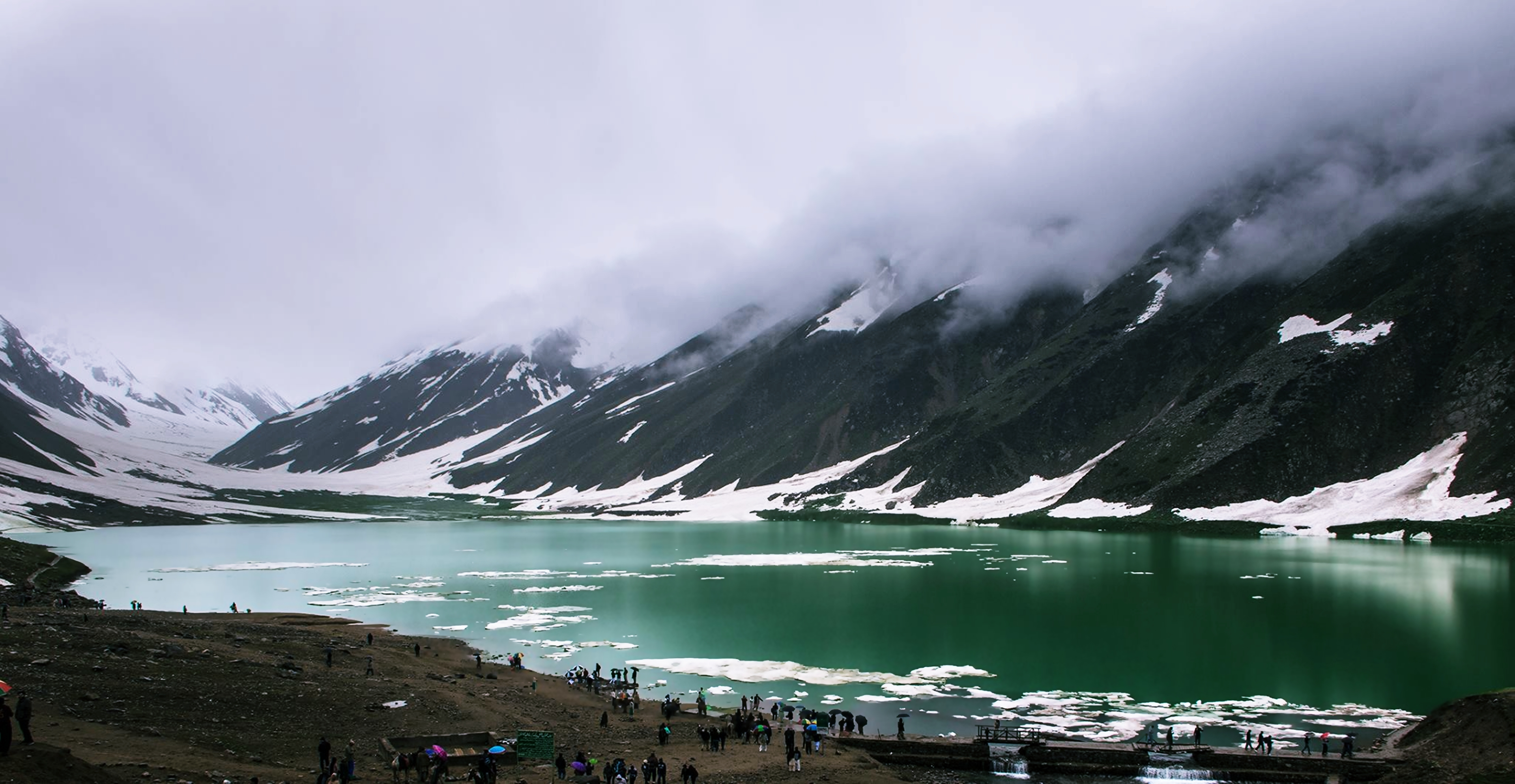 lakes of pakistan hd wallpaper background image 3840x1988 idlakes of pakistan