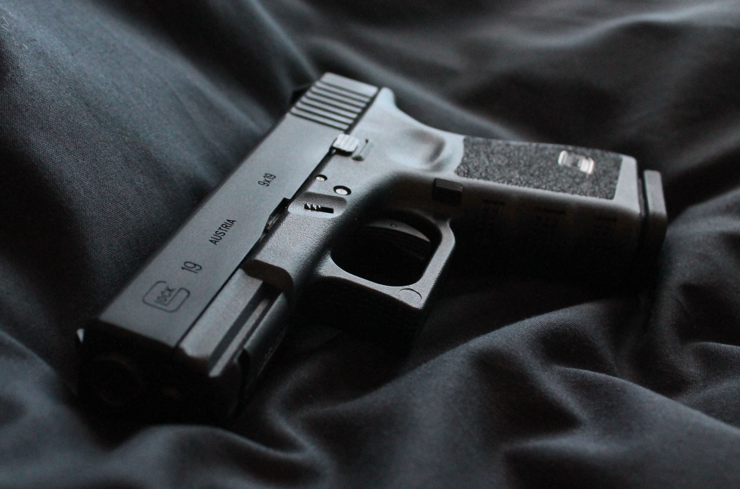 Glock 19 Full HD Wallpaper And Background Image