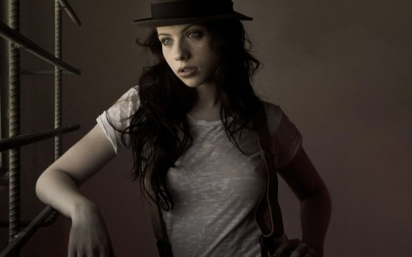Celebrity Michelle Trachtenberg Actresses United States HD Wallpaper | Background Image