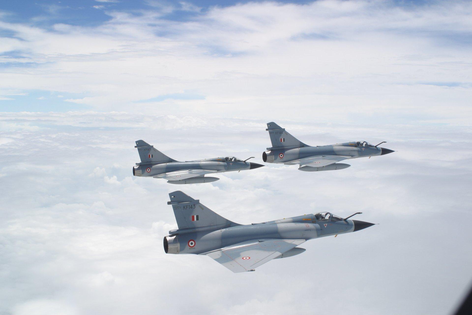 Militär - Dassault Mirage 2000  Bakgrund