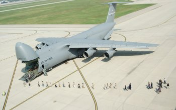 Military - Cargo Aircraft Wallpapers and Backgrounds ID : 64479