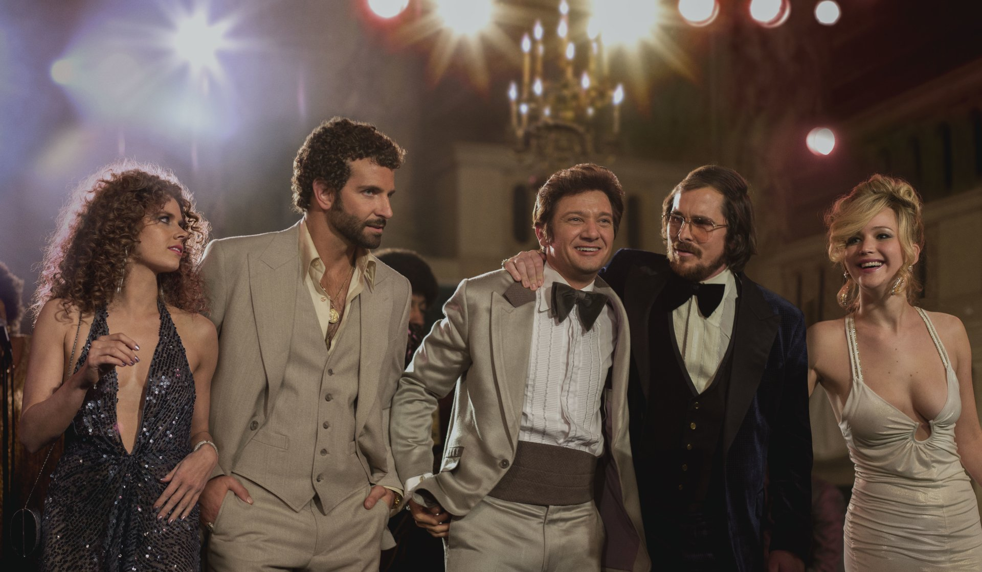 Movie - American Hustle  Jennifer Lawrence Christian Bale Jeremy Renner Bradley Cooper Amy Adams Wallpaper