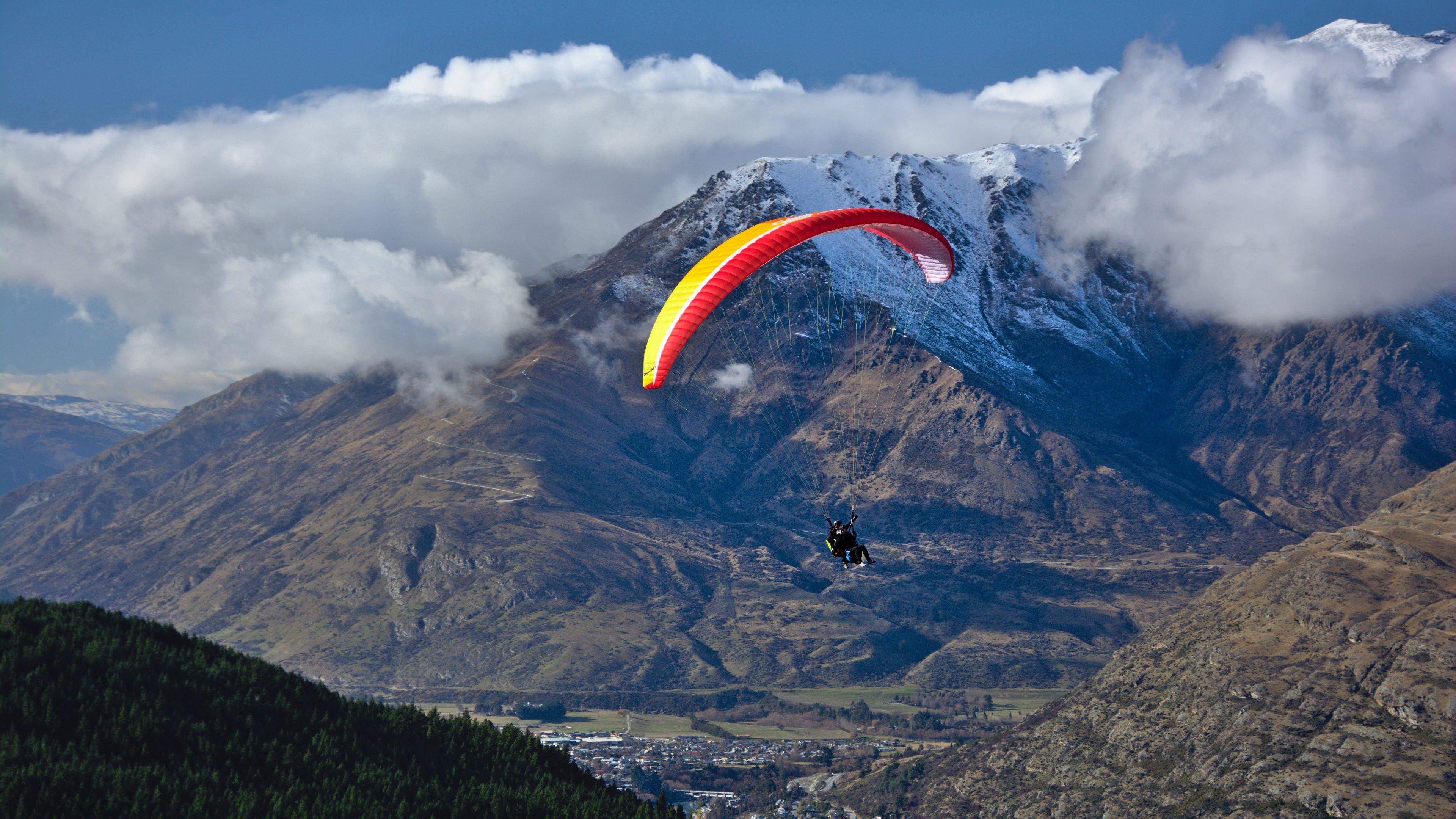 Tandem Paraglider 4k Ultra HD Bakgrund and Bakgrund ...