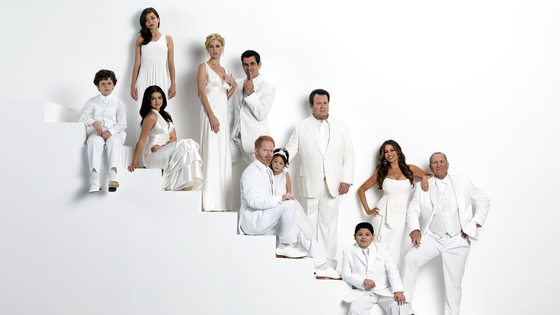 Modern family full hd wallpaper and background image for Modern family wallpaper