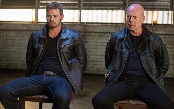 Movie Extraction (2013) Bruce Willis Kellan Lutz HD Wallpaper | Background Image