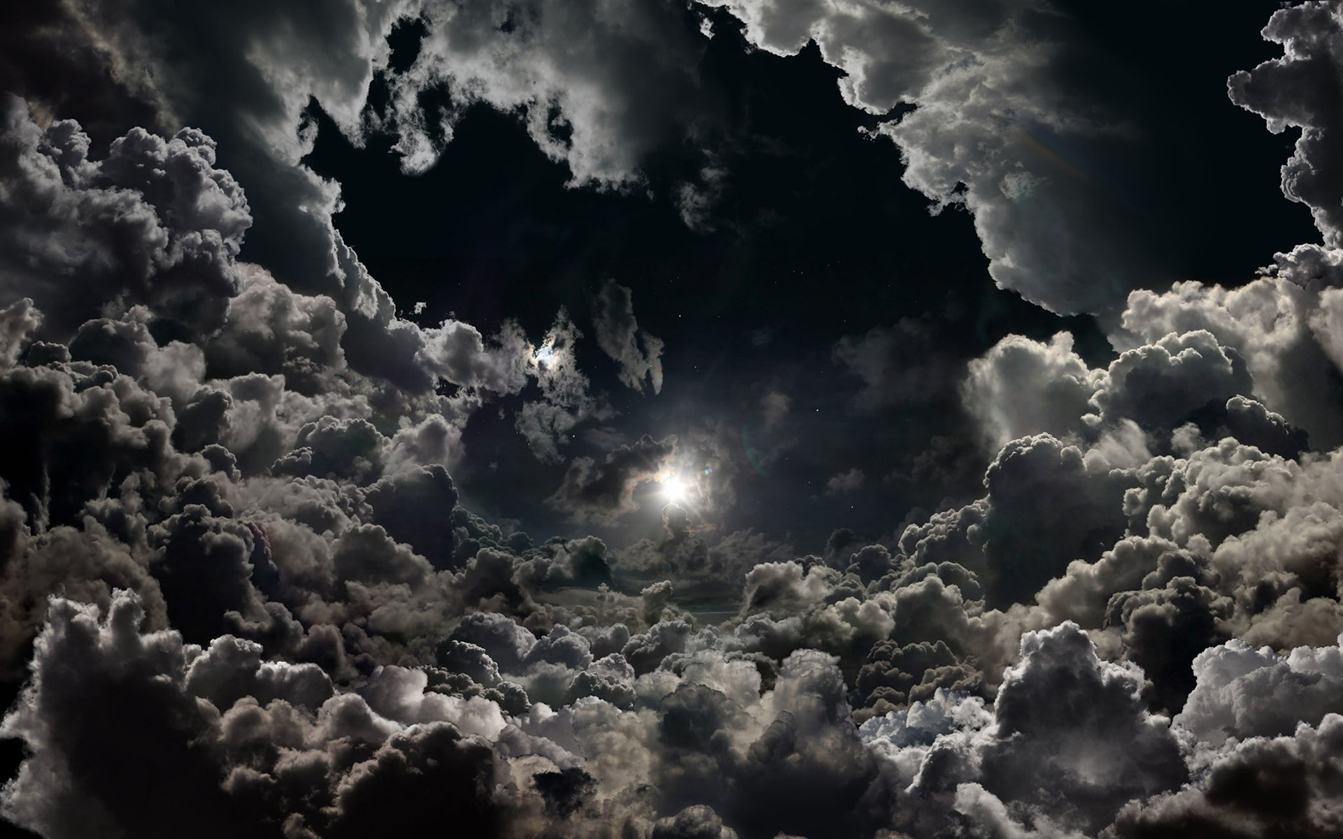 Cloudy Night Wallpaper