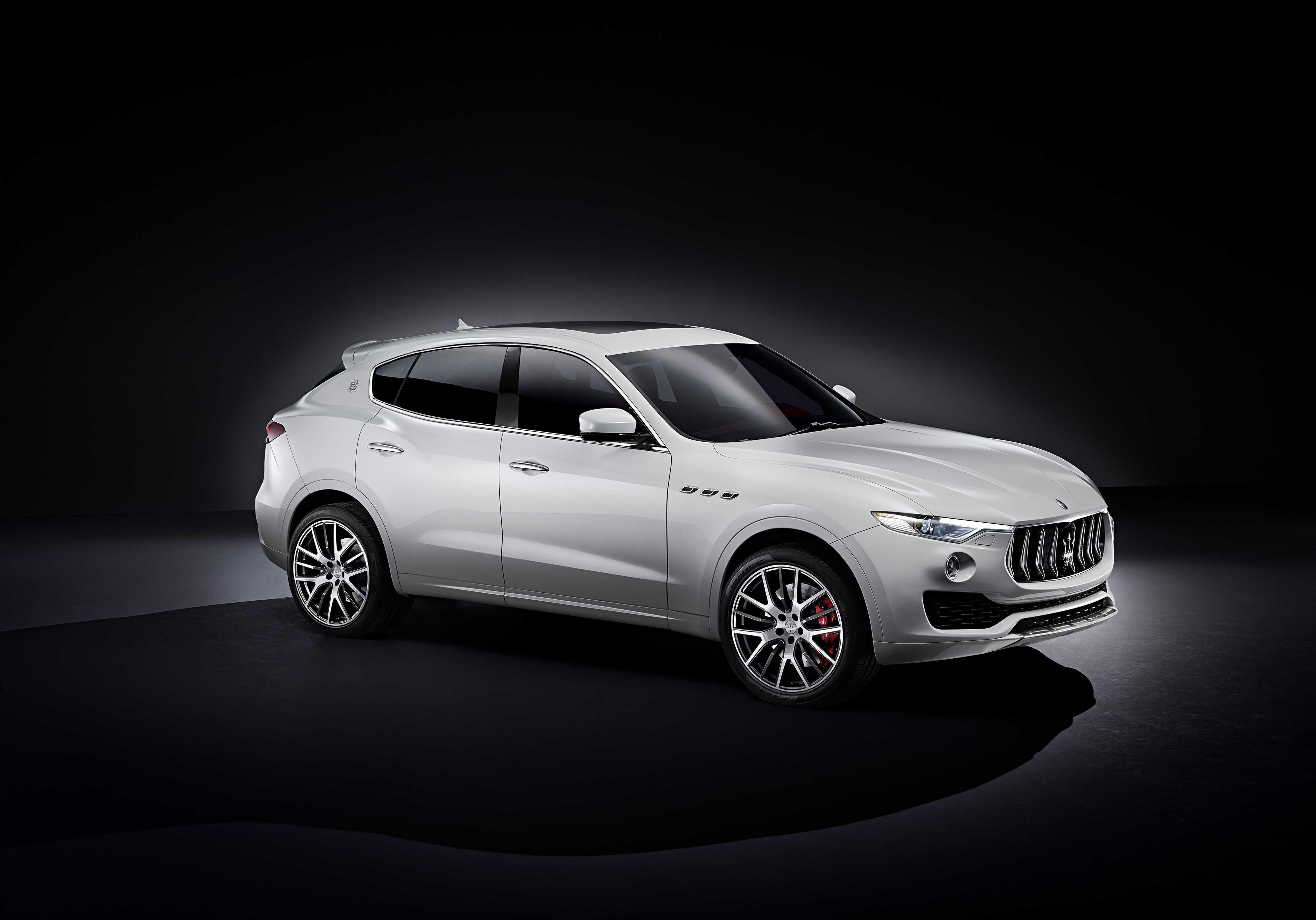 10 Maserati Levante Hd Wallpapers Backgrounds