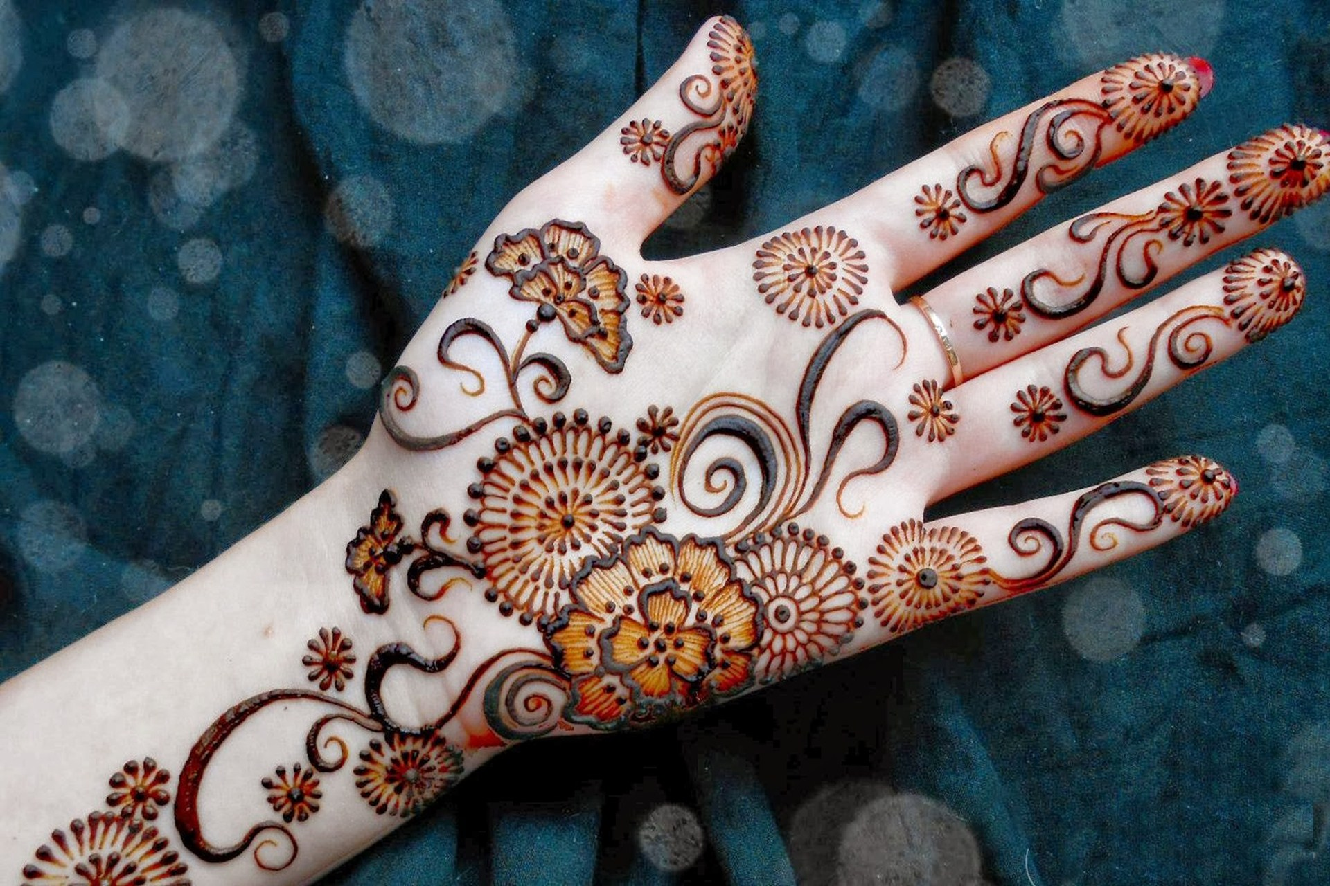 Mehndi Designs Hd Images : Mehndi design on hand full hd wallpaper and background image