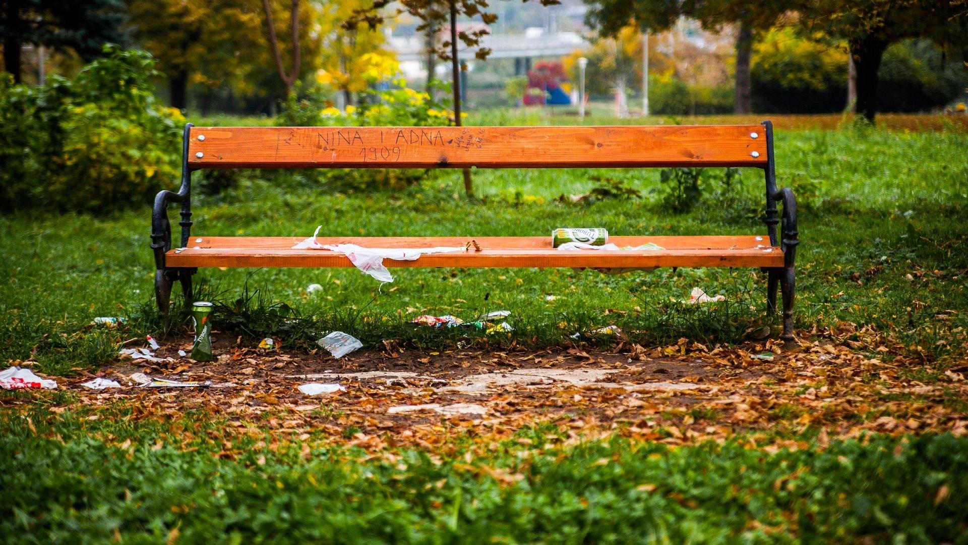 Man Made - Bench  Park Grass Green Bosnia Wallpaper