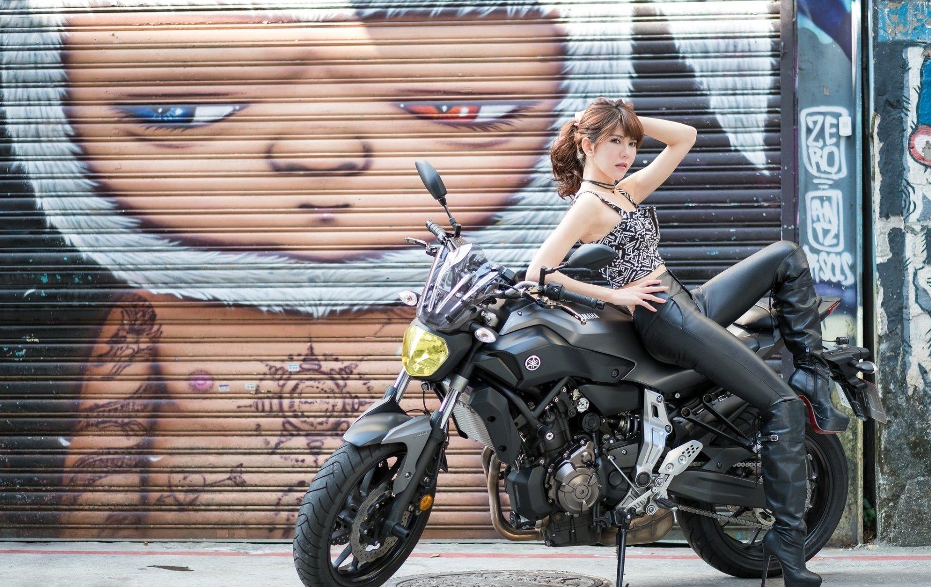 Motorcycle Girl Wallpaper: Girls & Motorcycles HD Wallpaper