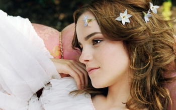 Celebrity - Emma Watson Wallpapers and Backgrounds ID : 82235