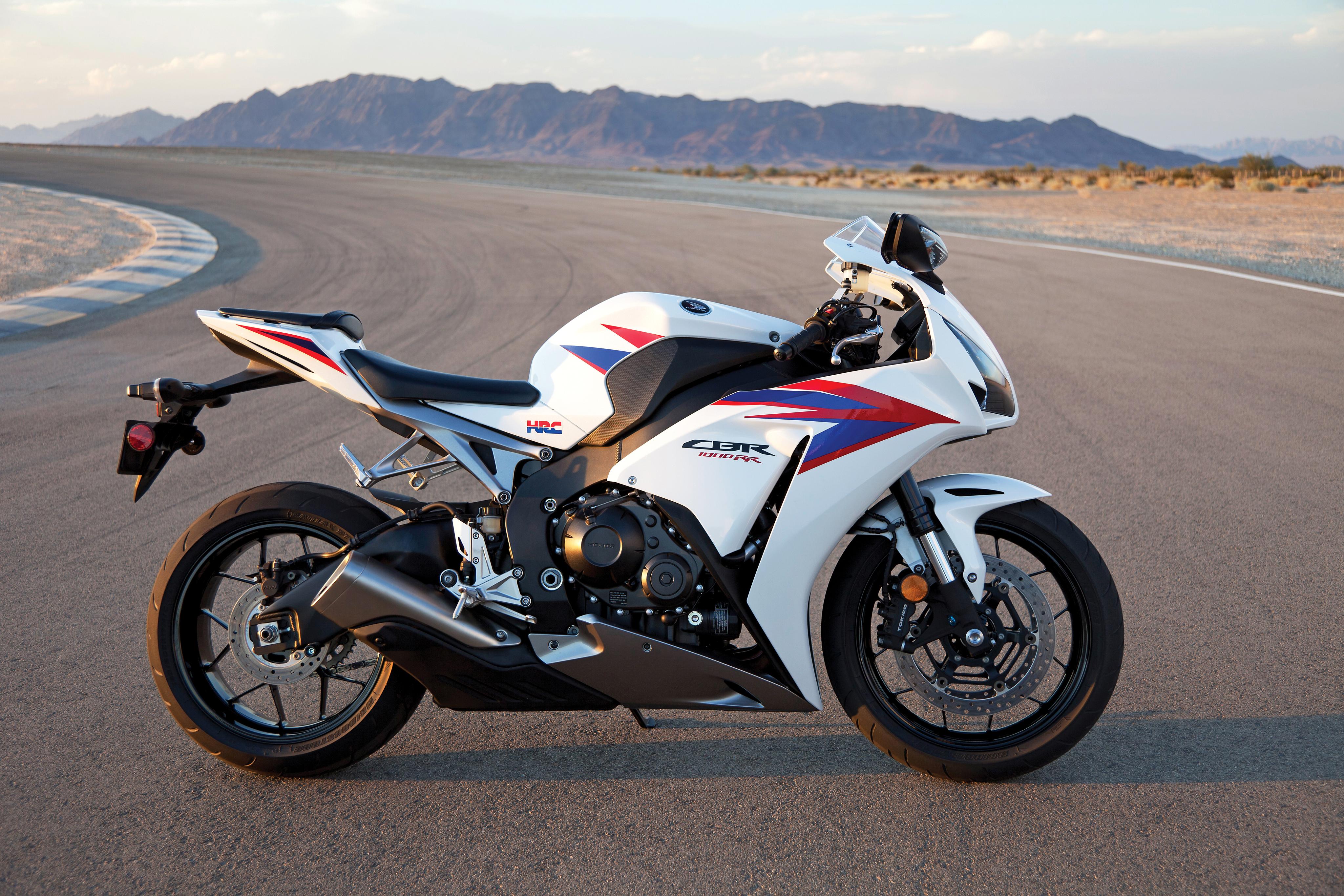 Honda Cbr Motorcycle 4k Hd Desktop Wallpaper For 4k Ultra: Honda CBR1000RR 4k Ultra HD Wallpaper