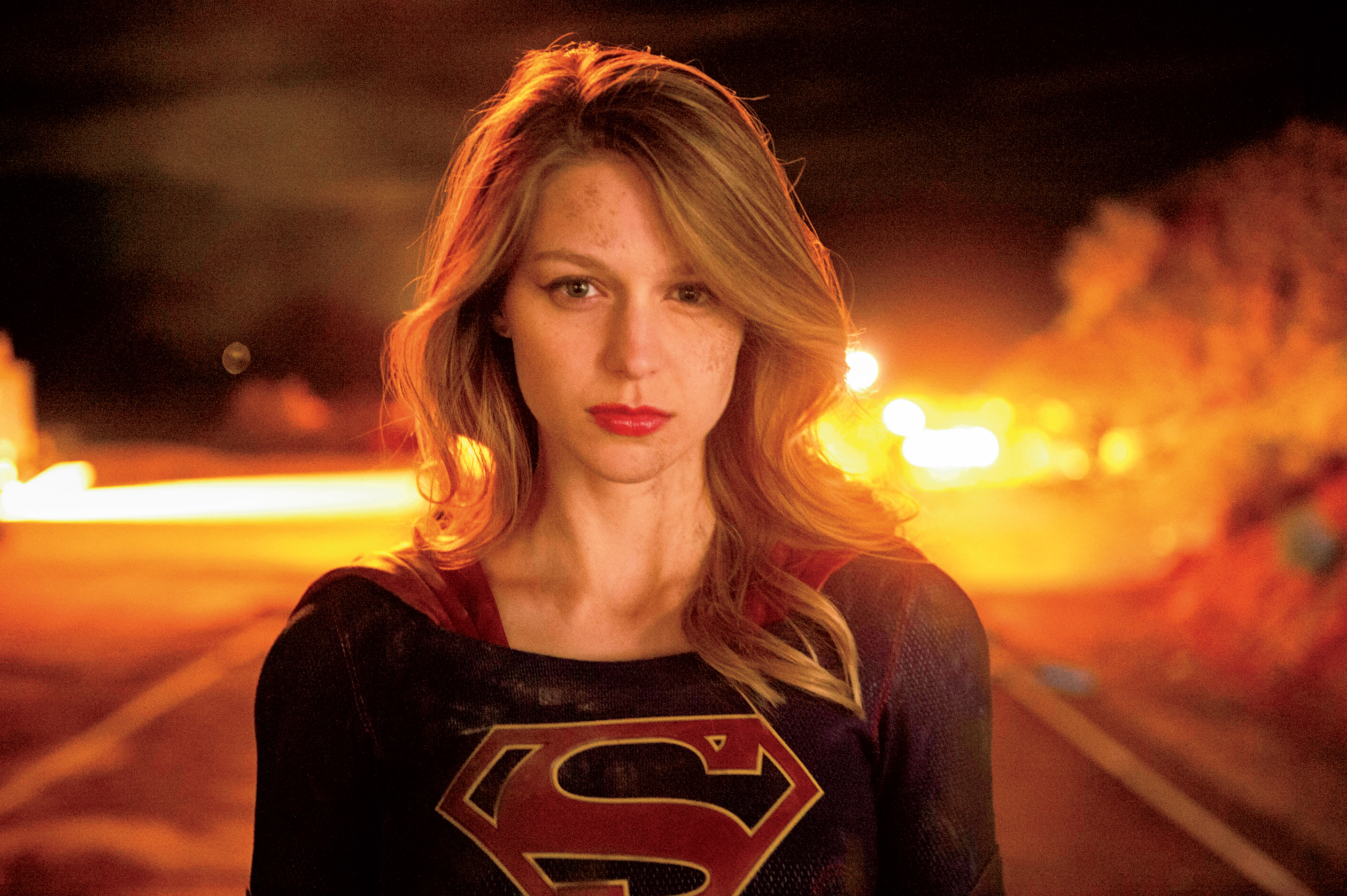 Supergirl Hd Wallpaper Background Image 2520x1677 Id