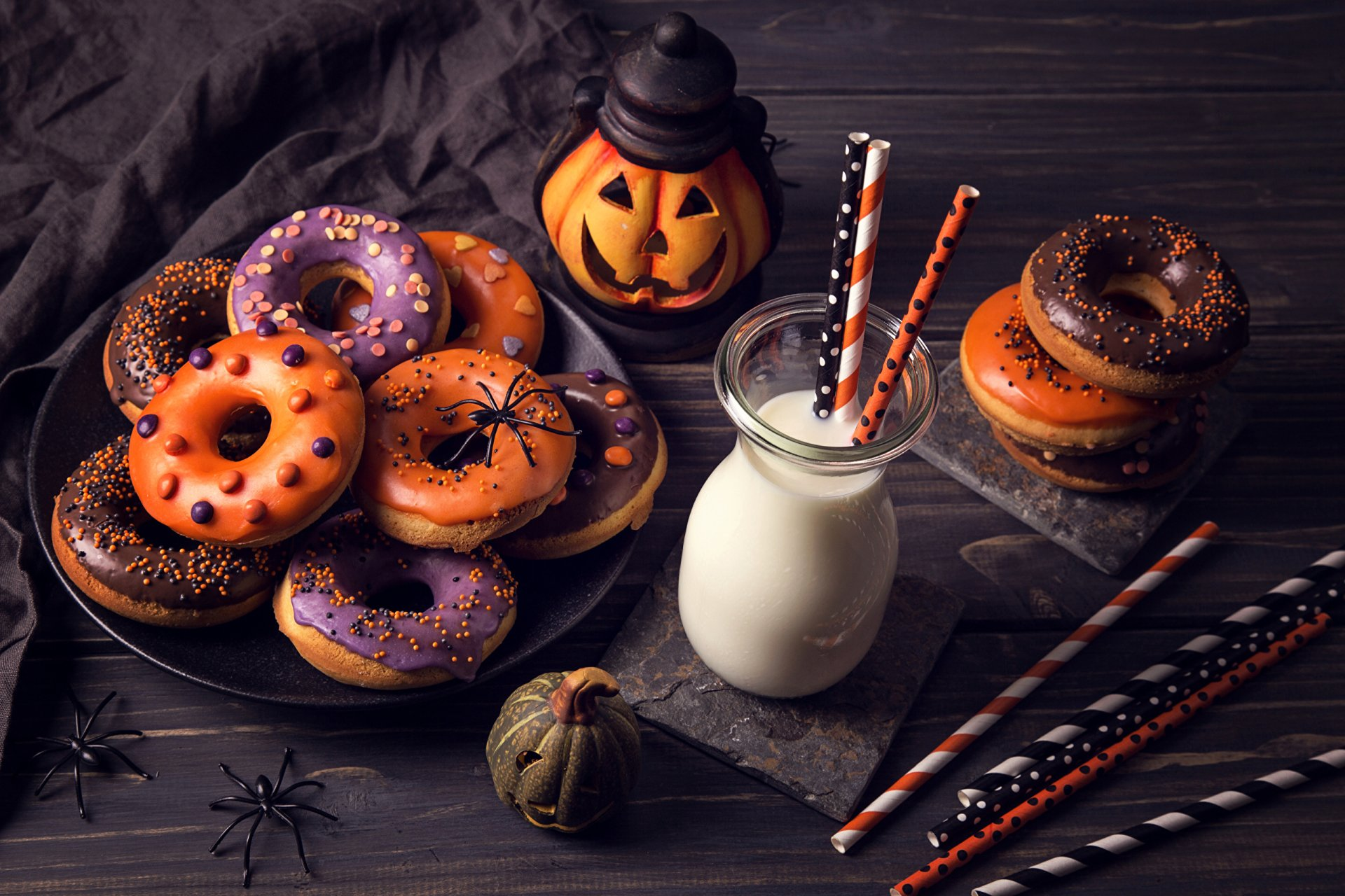 Holiday - Halloween  Food Doughnut Milk Wallpaper