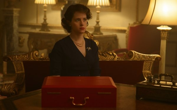 TV Show The Crown Queen Elizabeth II Claire Foy HD Wallpaper   Background Image