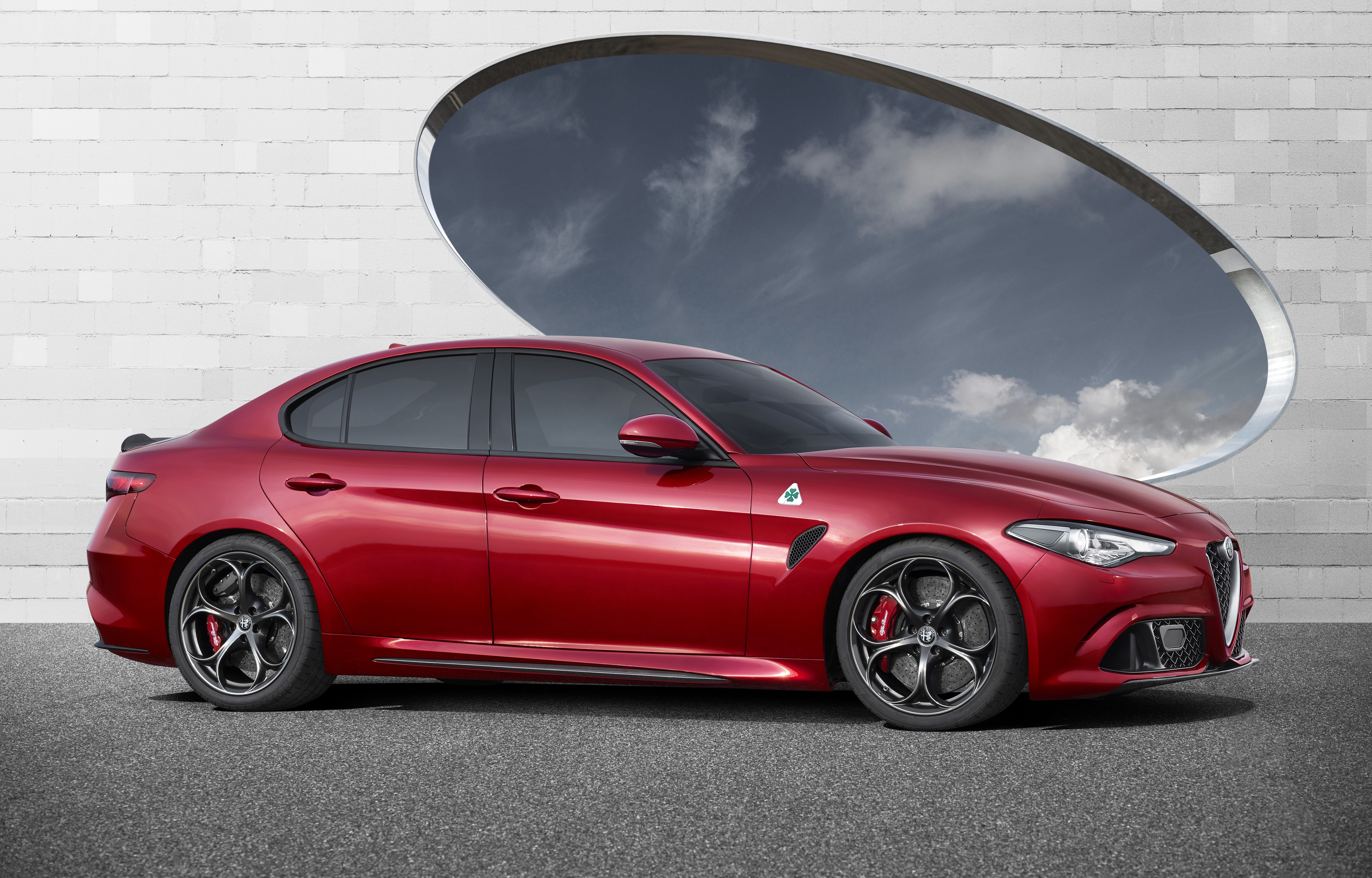 Alfa Romeo Giulia 4k Ultra Hd Wallpaper Background Image