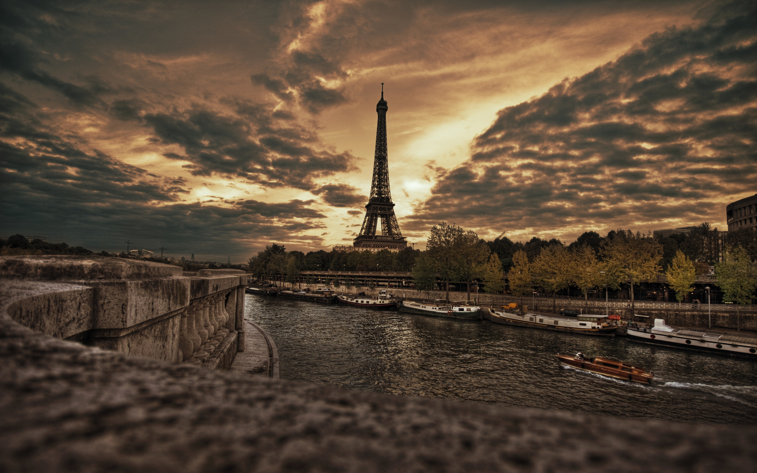 eiffel tower hd wallpaper | background image | 2560x1600 | id:88895