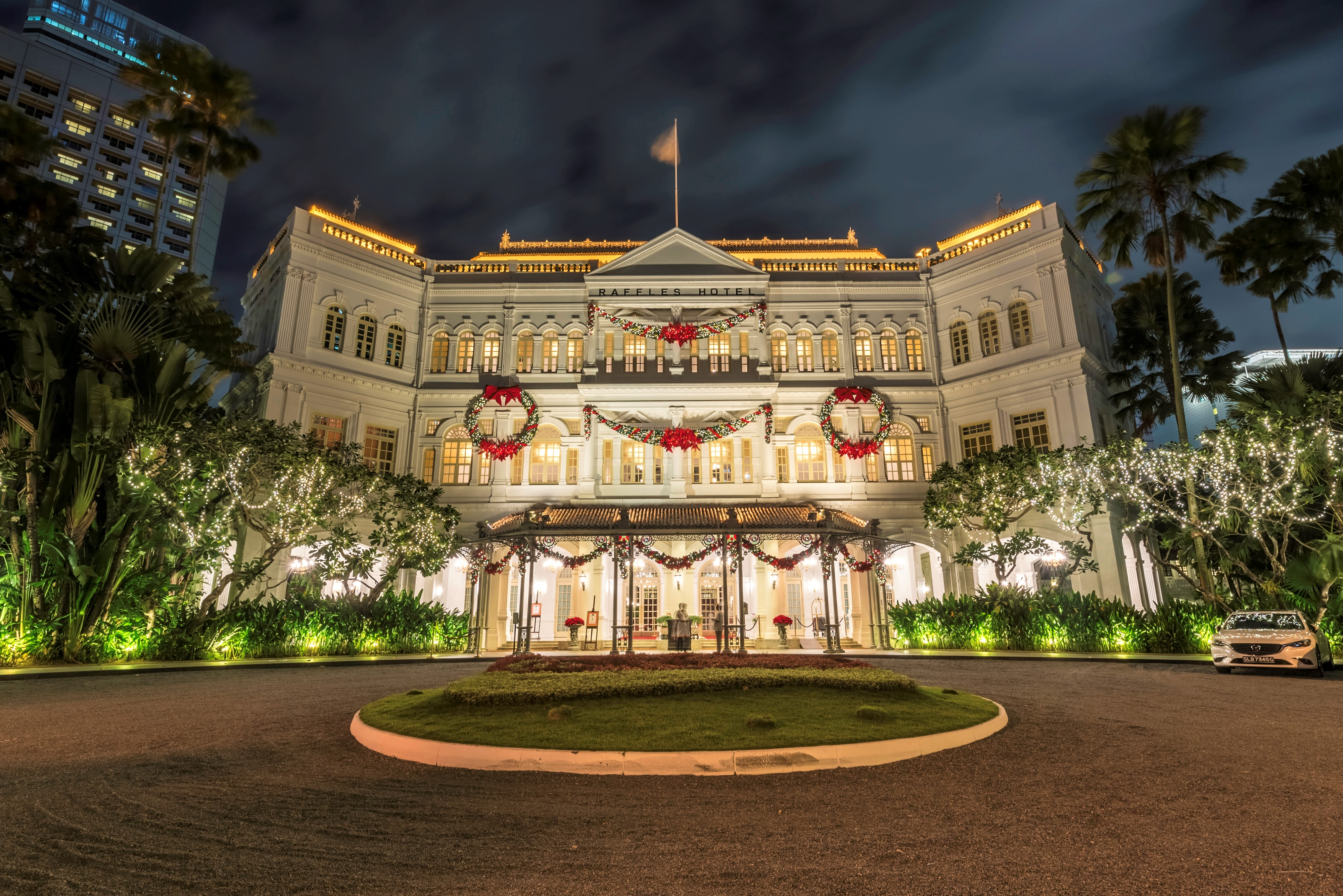 Palace in Germany at Christmastime 4k Ultra HD Wallpaper | Background Image | 4000x2670 | ID ...