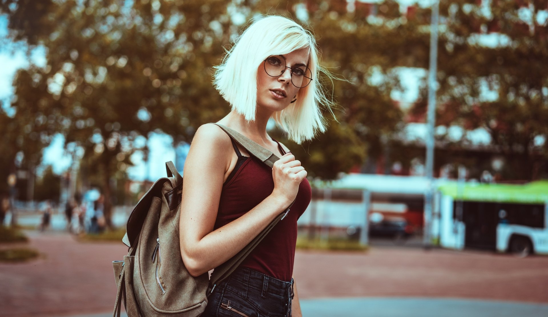 Women - Model  Woman Girl Blonde Short Hair Glasses Depth Of Field Wallpaper