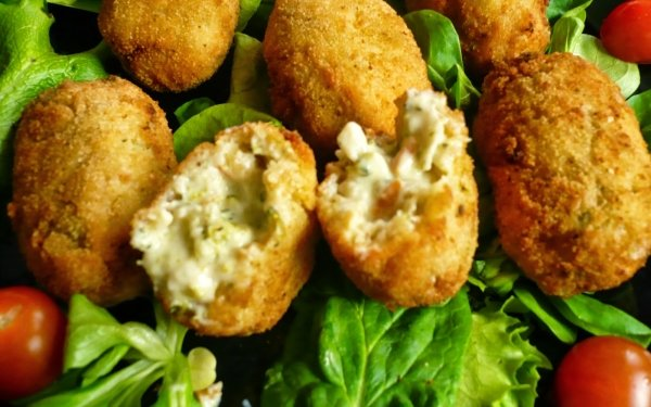 Alimento Croquette Ensalada Tomate Lettuce Fondo de pantalla HD | Fondo de Escritorio