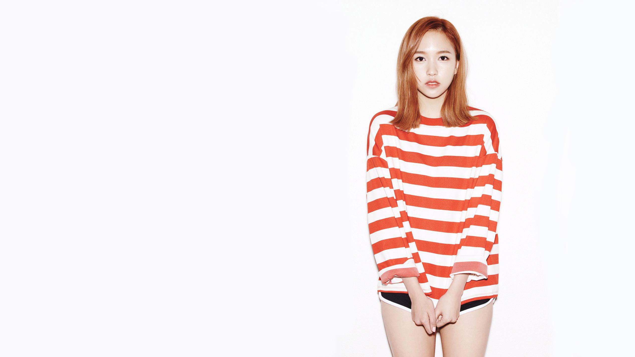Twice Mina Cute Hd Wallpaper Background Image 2560x1440 Id
