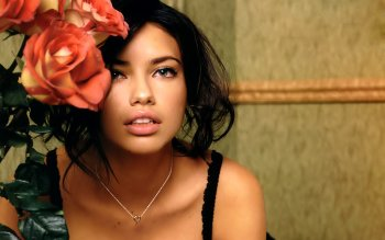 Berühmte Personen - Adriana Lima Wallpapers and Backgrounds ID : 96887