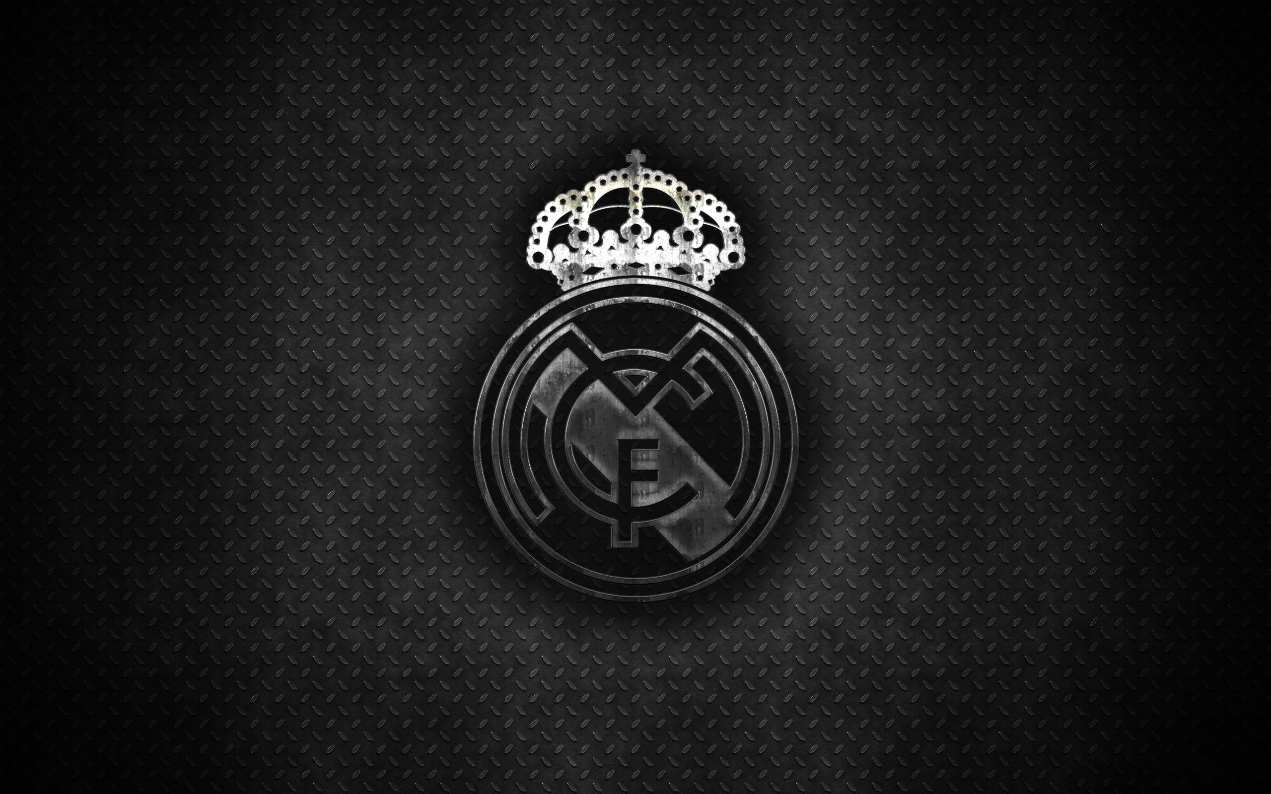 Real Madrid Logo Hd Wallpaper Background Image 2560x1600