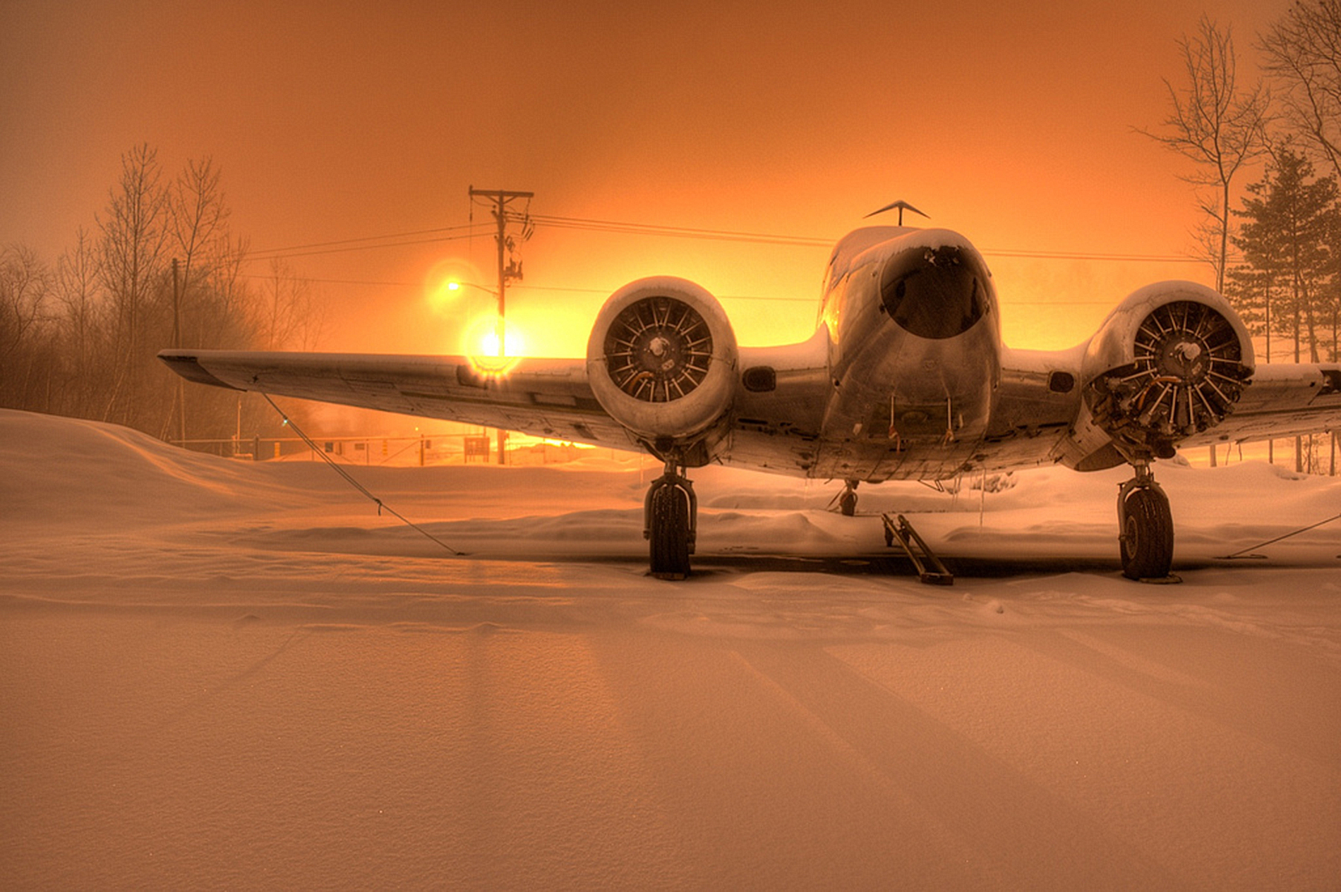 Aircraft Wallpaper And Background Image 1900x1265 Id